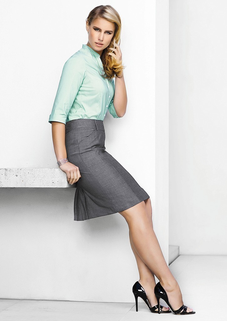 Ladies Feature Pleat Skirt